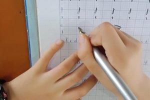 cách cầm bút đúng