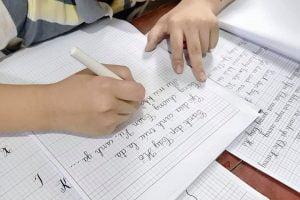 kỹ thuật viết tay trái