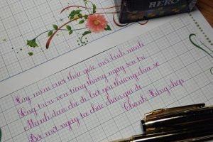 các kiểu bút máy viết chữ đẹp